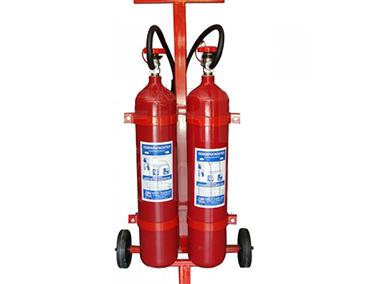"Пожарогасител СО2 – 2 x 5кг. (на количка) – "" ТОРНАДО """