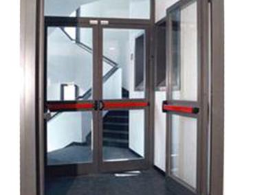 Стъклени пожарни врати